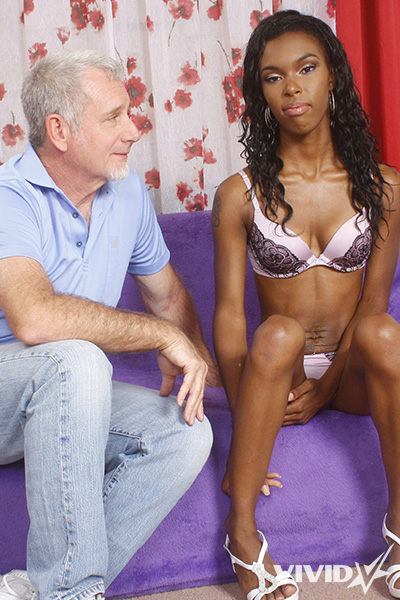 20 Pictures Hardcore - Petite slut Shyra Foxx gets fucked by a big white dick
